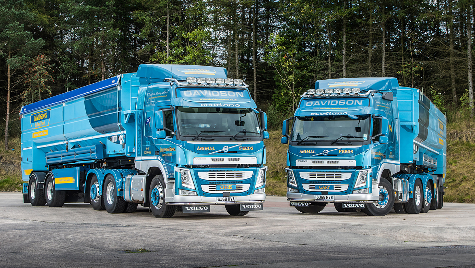 Two new Volvo FM tag axle tractor units prove the right combination at Davidsons Animal Feeds
