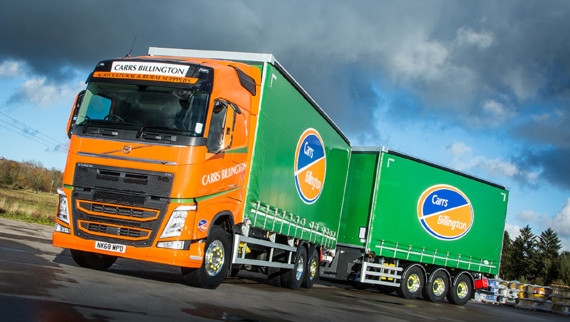 A New Volvo FH 500 Boosts Supply Chains at Carrs Billington