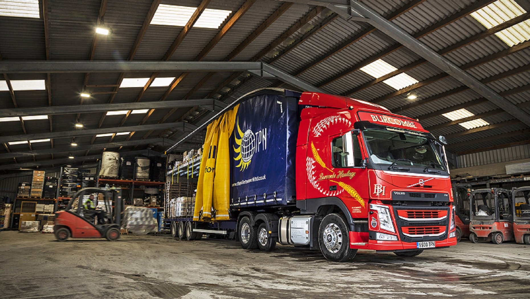 The UK's First I-Shift, Dual Clutch equipped Volvo FM Tractor Unit is 'King of the Hills' in Cornwall and Devon