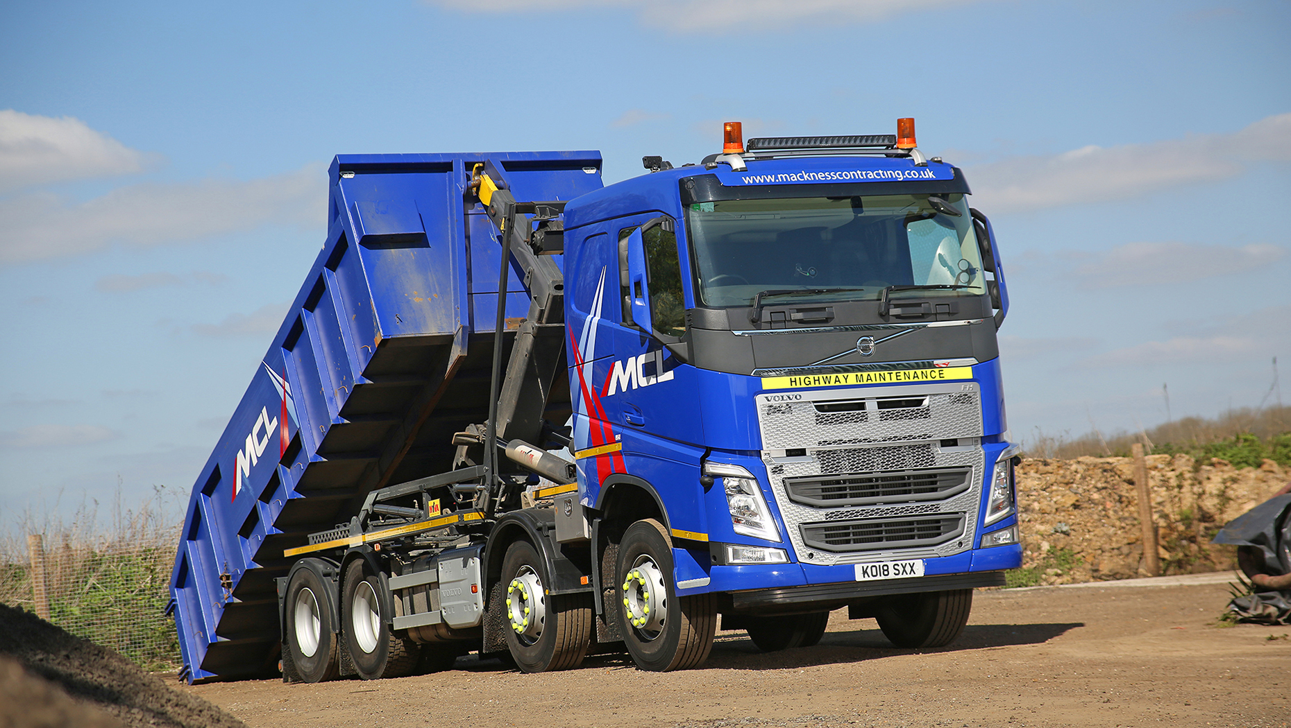 Mackness Contracting expands with new Volvo FH flagship