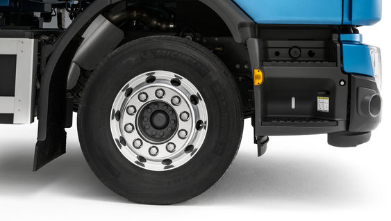 The 9 tonne front axle load increases load capacity.