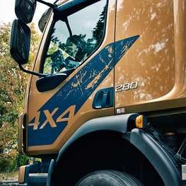 Volvo FL 4x4 brings you enhanced grip