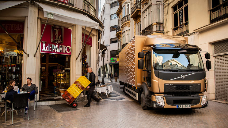 Volvo FE in narrow city street